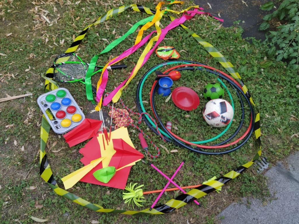 Spielmaterial im Park